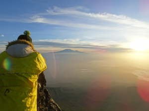 Climbing Mount Meru Tour (4 Days)